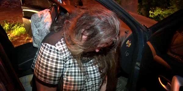 В Дзержинске пьяная автоледи въехала в световую опору