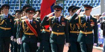 Стартовал торжественный парад предприятий и силовых структур Дзержинска