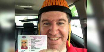 Нижегородец сфотографировался на водительские права с оранжевым дуршлагом на голове
