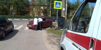Смерть за рулем. На перекрестке Дзержинского-Суворова умер водитель легковушки