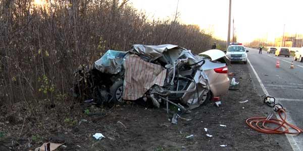 Смертельное ДТП на Речном шоссе. Столкновение «Киа» и КамАЗа закончилось гибелью водителя иномарки