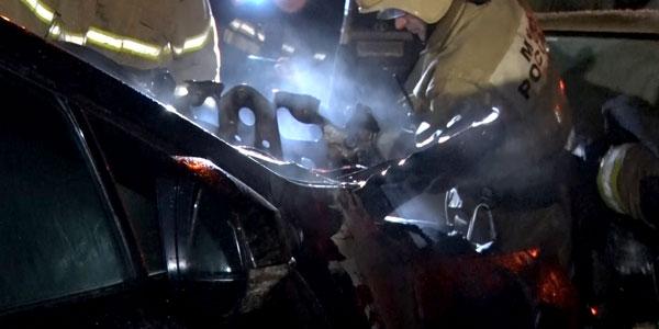 По факту поджога автомобиля на автостоянке в Дзержинске возбуждено уголовное дело