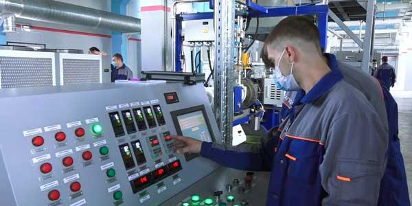 Евгений Люлин посетил с рабочим визитом промышленные предприятия Дзержинска